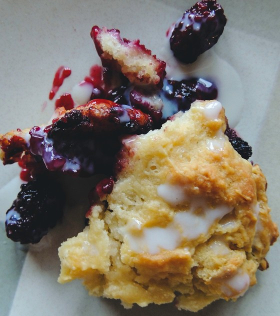 blackberrycobbler3